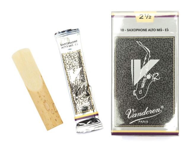 Vandoren V12 Alto Saxophone Reed