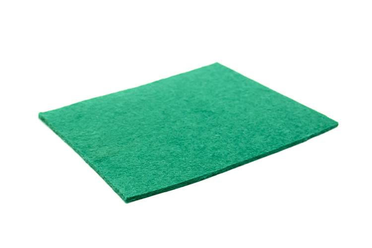 Sheet Felt - 2.5mm thick medium green - Approx 22 x 16cms