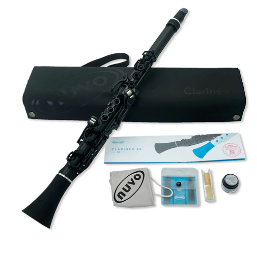 Nuvo Clarineo 2.0 in Black with Silver Trim